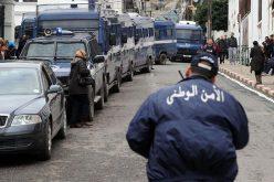 مراقبة 54 ألف جزائري متورط في الارهاب