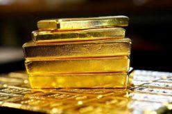 تراجع الدولار والذهب يقفز في المعاملات الفورية