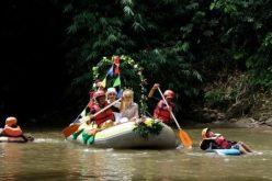 زفاف على نهر سيليونج للحفاظ على البيئة