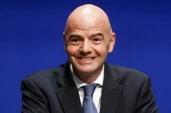 رئيس الفيفا يدافع عن قرار زيادة منتخبات المونديال