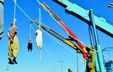 بالصور .. إيران تحوّل ملاعب كرة القدم إلى ساحات للإعدام