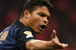 باريس سان جيرمان يفقد قائده أمام برشلونة