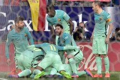الغموض يلف مستقبل 10 لاعبين ببرشلونة