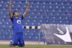 """فاز الهلال على الشباب ورددت جماهيره: """"55 بطولة بس"""""""