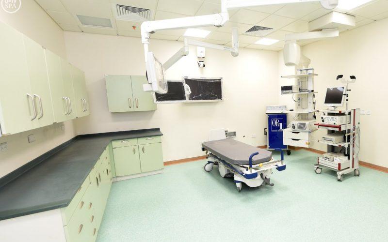"""""""جامعي نجران"""" يجري 100 عملية في الجراحة العامة والمناظير"""