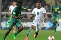 """"""" غفوة """" في الدفاع تكلف الأخضر الشاب الخسارة من السنغال"""