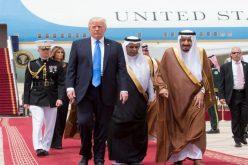 خادم الحرمين الشريفين يستقبل الرئيس الأمريكي بالرياض