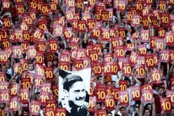 """روما يخطف بطاقة """"الأبطال"""" في يوم """"الملك"""""""