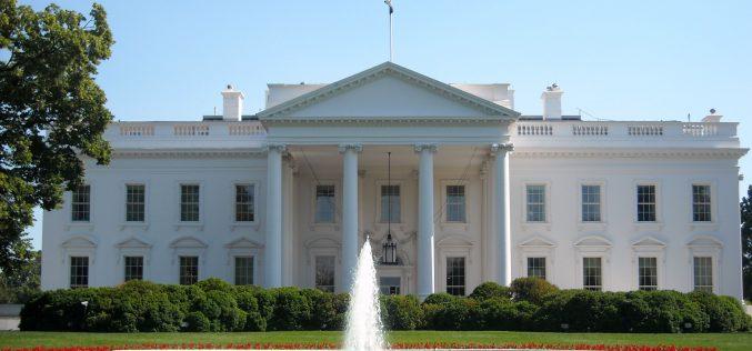 المتحدث باسم البيت الأبيض يشيد بنتائج زيارة الرئيس الأمريكي للمملكة