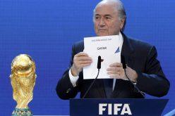 داميان كولينز: يجب تجريد قطر من تنظيم المونديال