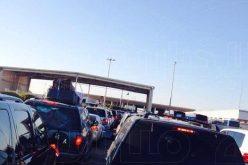 تكدس السيارات القطرية على الحدود السعودية