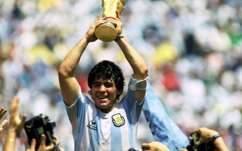 """مارادونا لـ """"قطر"""": كأس العالم يجب ألا تُشترى بالرشاوى"""