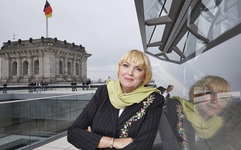 نائبة رئيس مجلس البرلمان الألماني: اختيار قطر لكأس العالم قرار خاطئ