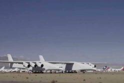 أكبر طائره في العالم تجتاز الإختبار