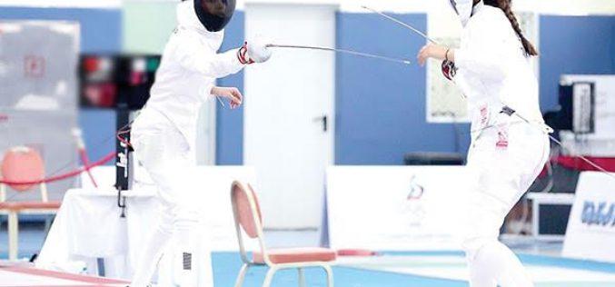الرياض تحتضن أول بطولة نسائية في المبارزة