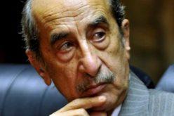 بعد صراع مع المرض .. وفاة الإعلامي المصري حمدي قنديل