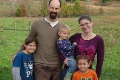 عائلة تعتمد على الإكتفاء الذاتي .. ولا تشتري شيئاً من السوبر ماركت !