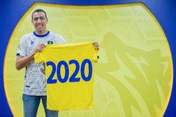 شاهد بالصور.. التعاون يجدد مع كاسيو حتى 2020