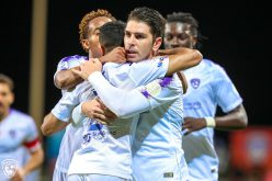 شاهد بالصور : سوريانو وإدواردو يقودان الهلال لفوز بخماسية على الفيحاء