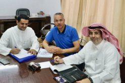 نادي أبها يجدد الثقة في مدربه التونسي ليقود الفريق الموسم المقبل