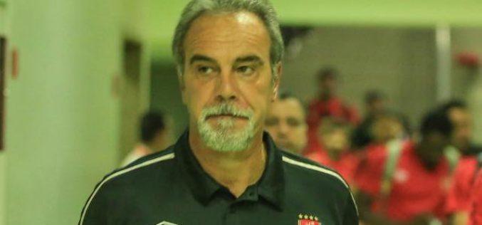 بيراميدز يطيح بـ لاسارتي من تدريب الأهلي المصري